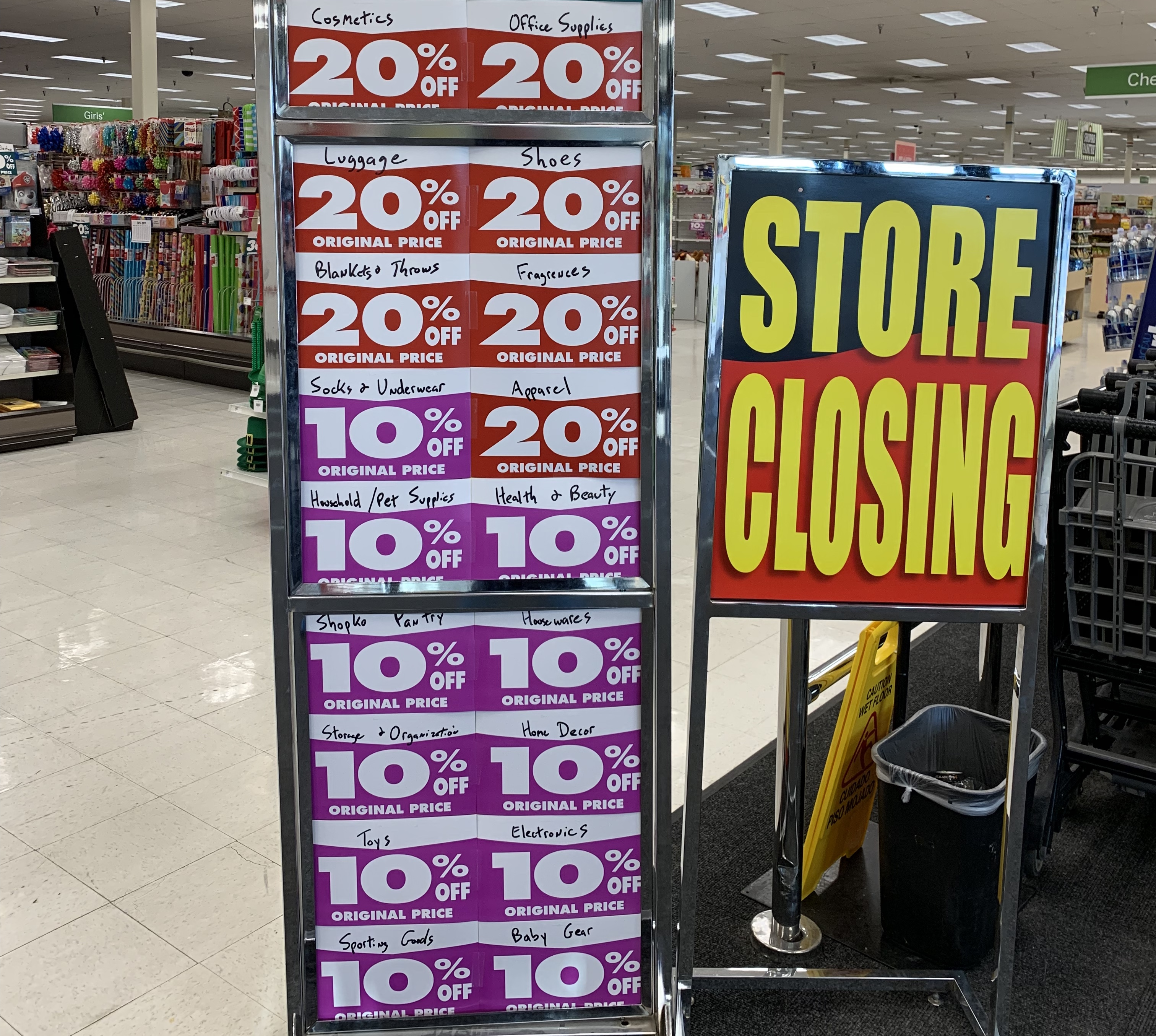 Shopko goes bankrupt
