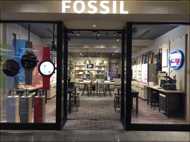 sitio de buena reputación 9da15 3cbed Fossil's new Boise location one of first 'concept' stores ...