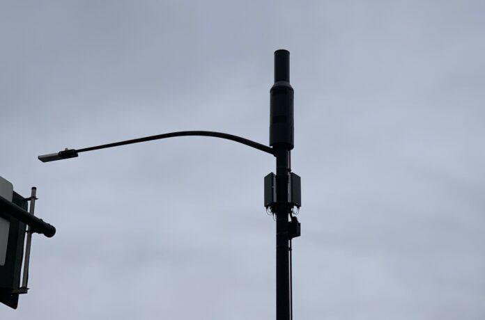 Antenna on pole