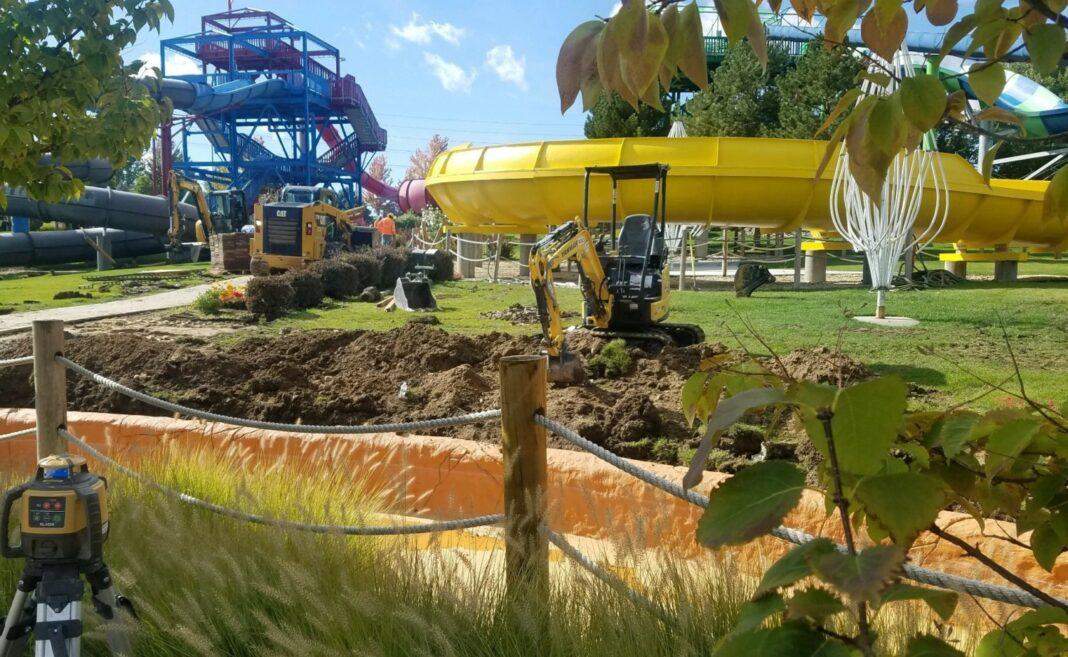 Roaring Springs ride construction