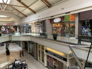 Most stores remain closed as Boise Towne Square opens