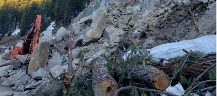 Idaho 55 rockslide