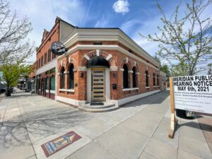 Owners of cigar bar in booming area of Downtown Meridian hopes to branch out