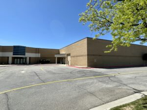 Housing at the mall? New owner buys former Sears store